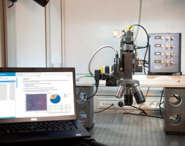 Laser fault injection bench driven by esDynamic